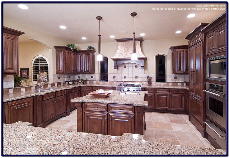 Custom Built Luxury Kitchen Pictures With Information